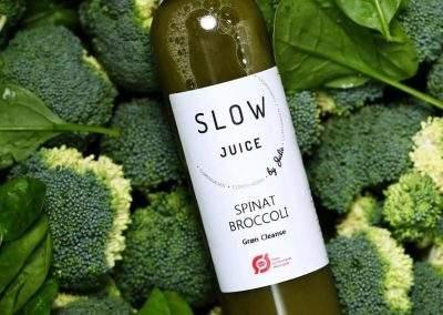 Spinar og broccoli juice fra Slowjuice Copenhagen